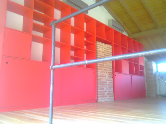 Bibliotheque rouge IMAG0555