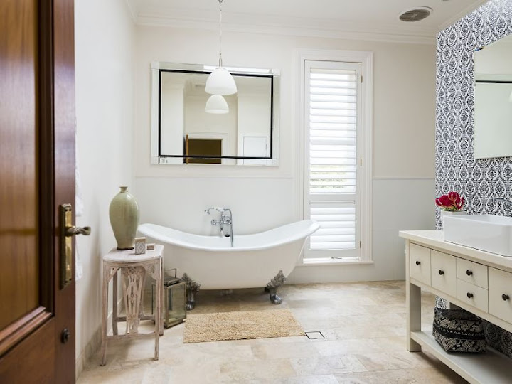A modernised Federation bathroom at 18 Prince Albert Street Mosman