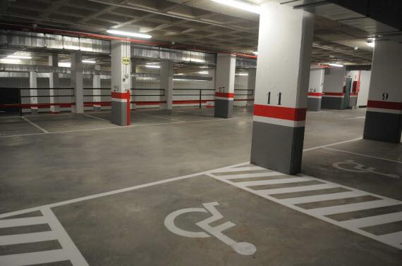 Disponibles nuevas plazas de residentes en el aparcamiento de Jacinto Benavente