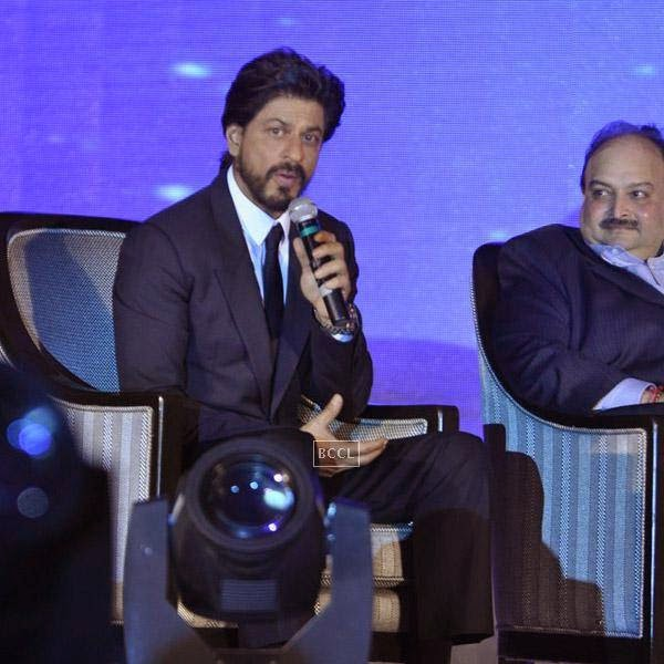 Bollywood actor Shah Rukh Khan with Mehul Choksi, CMD, Gitanjali Group during the launch of Leading Jewellers of the world presents Ticket to Bollywood by Gitanjali Gems Pvt Ltd in Mumbai. (Pic: Viral Bhayani)