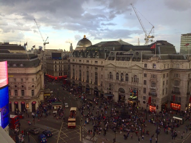 cafe-royal-hotel-piccadilly-circus-london