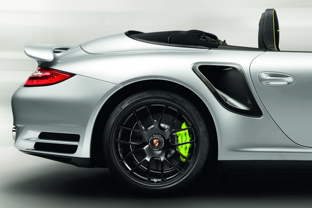 car news car reviews porsche 911 turbo s 918 spyder limited edition. Black Bedroom Furniture Sets. Home Design Ideas