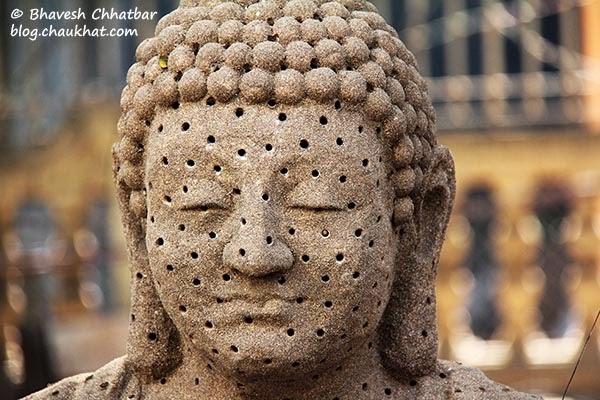 Kala Ghoda - Gautam Buddha's sculpture