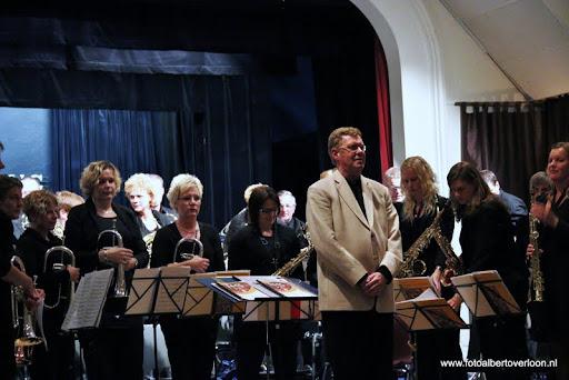 Uitwisselingsconcert Fanfare Vriendenkring overloon 13-10-2012 (24).JPG