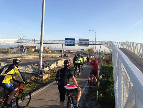 Unas fotos de nuestra ruta de Tres Cantos a Las Matas - Abril 2013
