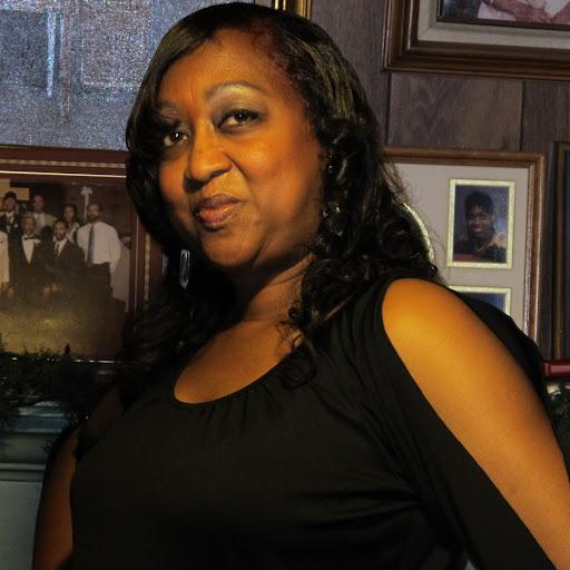 Carmelita Clark Photo 12