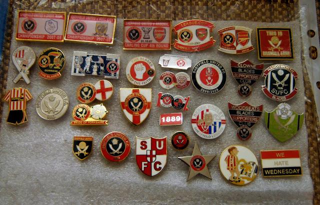 Адреса футбольных коллекционеров значков из испании