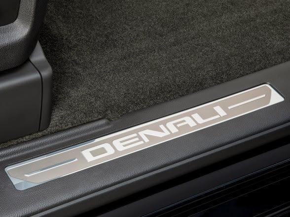 2014 GMC Sierra Denali - Door Sills
