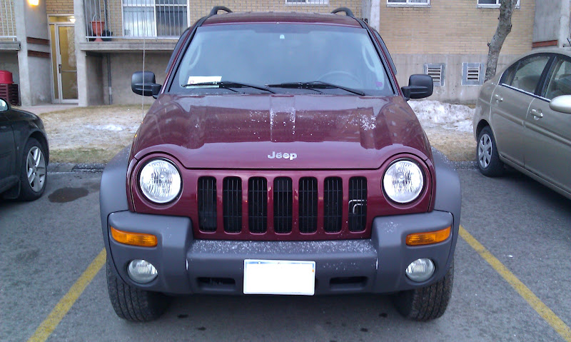 Garnet red 2003 Jeep Liberty