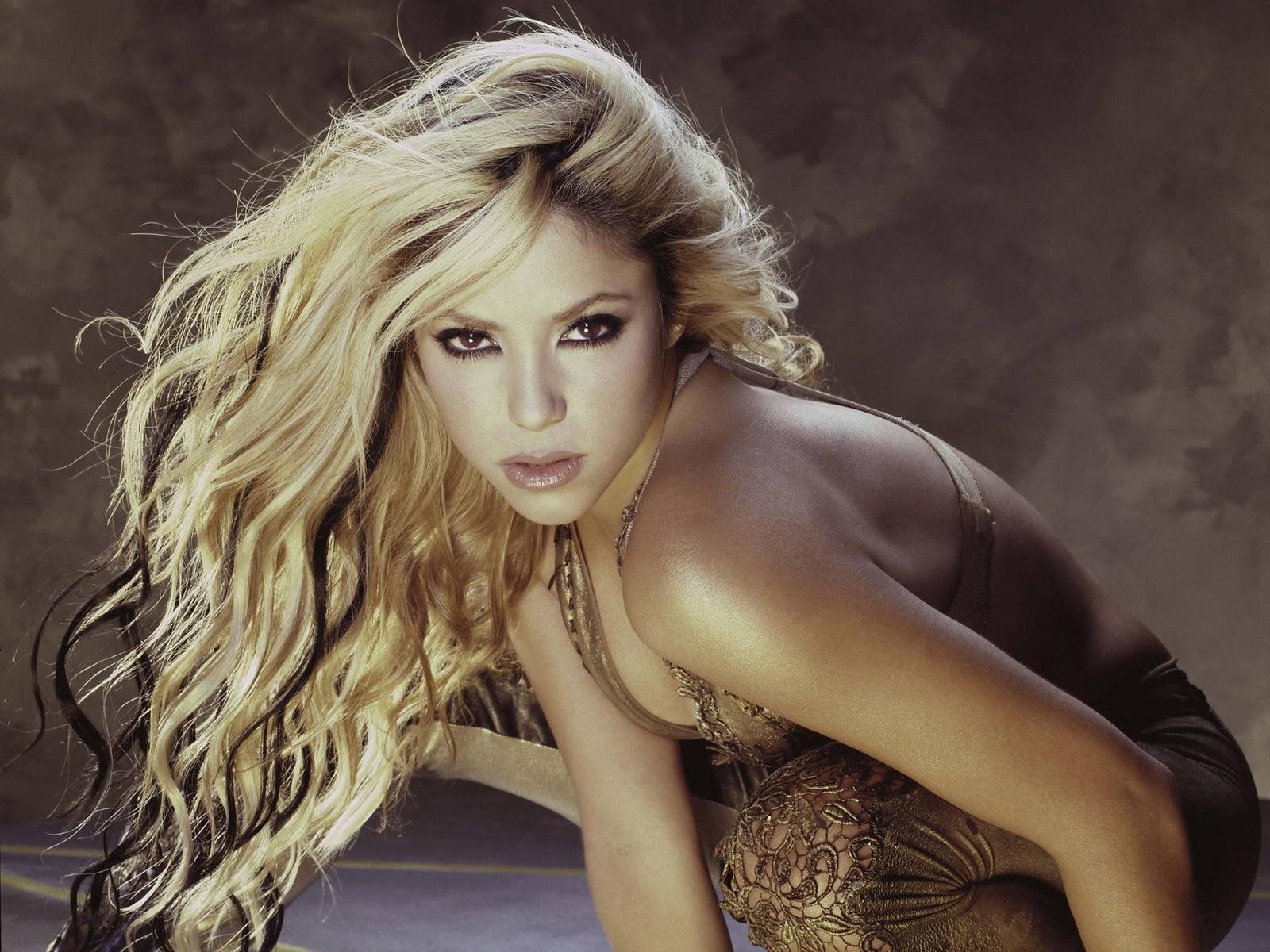 Celebund Shakira Hot Wallpapers-3477
