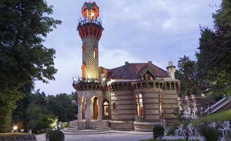 """Gaudí, El Capricho"""" width="""