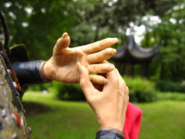 Lelļu rokas/линии жизни на кукольных руках IMG_0770