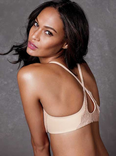 Joan Smalls, en ropa interior