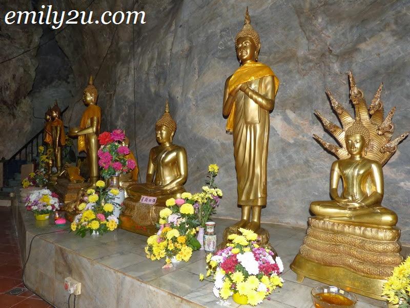 Miaw Yuan Chan Lin Cave Temple Ipoh