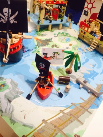 Le Toy Van Pirates new set for 2014 and roll up play mat wooden shark