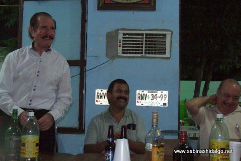 Leonel Garza, Mtro. Gustavo García y Dr. Salvador Treviño