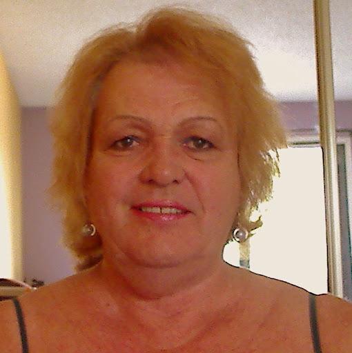 Nicole Warner