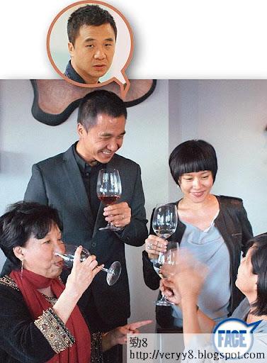 奉子成婚 <br><br>林嘉欣於 10年下嫁導演袁劍偉,並在溫哥華舉行婚禮,當時林嘉欣已懷有囡囡 Kayla。