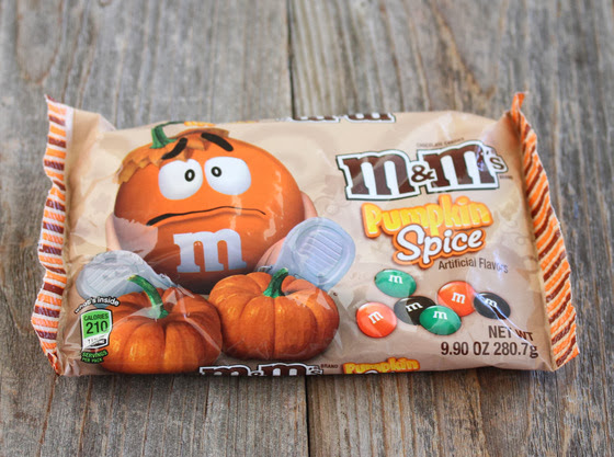 photo of a bag of pumpkin spice m&m's