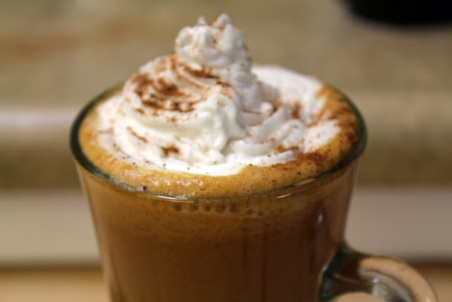 Dairy free pumpkin spice latte from dontmissdairy.com