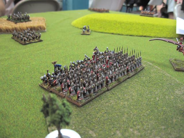 Elves and Dwarfs clash.