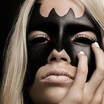 Máscara de Batman maquiada