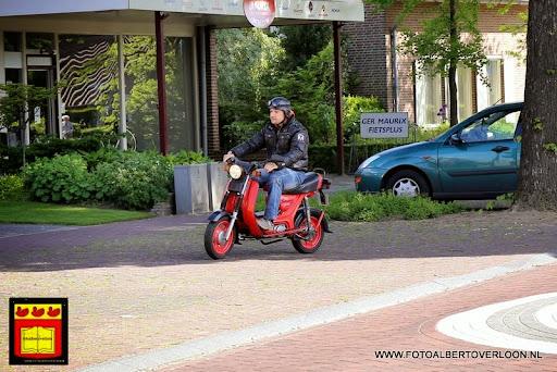 oldtimer bromfietsclub De Vlotter overloon 02-06-2013 (23).JPG