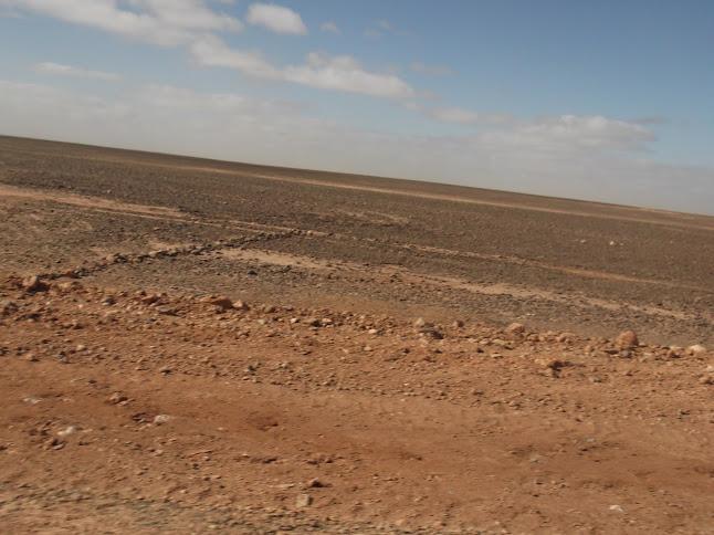Marrocos e Mauritãnia a Queimar Pneu e Gasolina - Página 9 DSCF1074