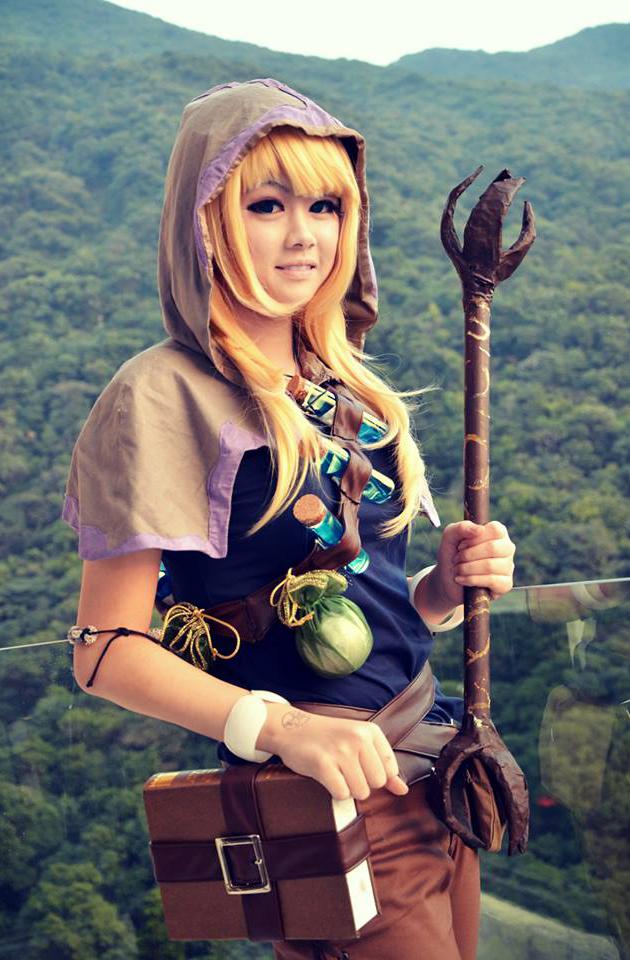Xuy Tuyết cực dễ thương với cosplay Lux Đạo Tặc - Ảnh 4