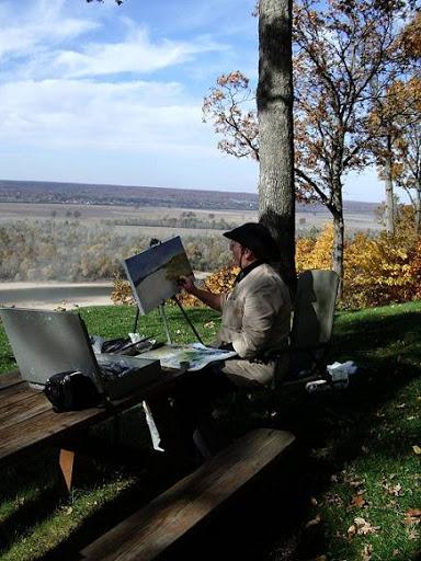 Artist Catherine Mahoney painting en plein air.