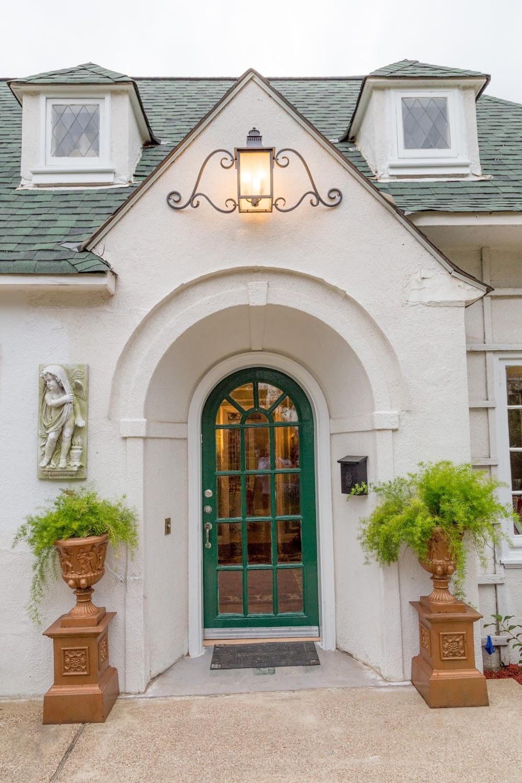 Fairfield Manor Bed and Breakfast Shreveport address pho