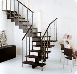 Лестницы для дома металлические