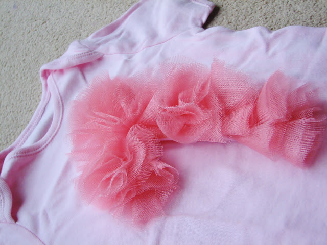 picture%25204 Guest Post First Birthday Onesie Tulle {Shine On}
