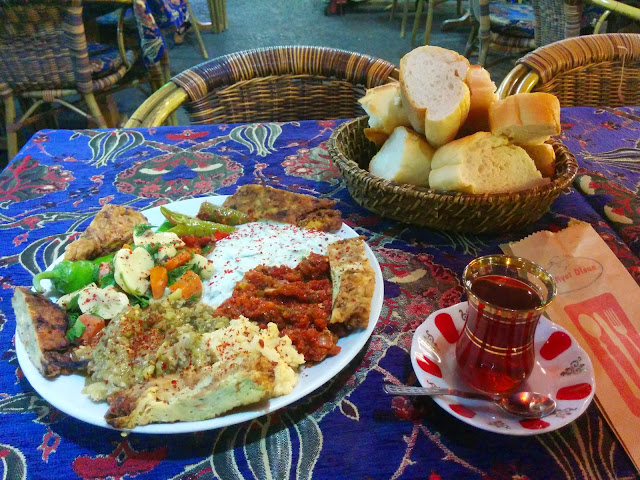 Vegetarian Turkish lunch at Istanbul