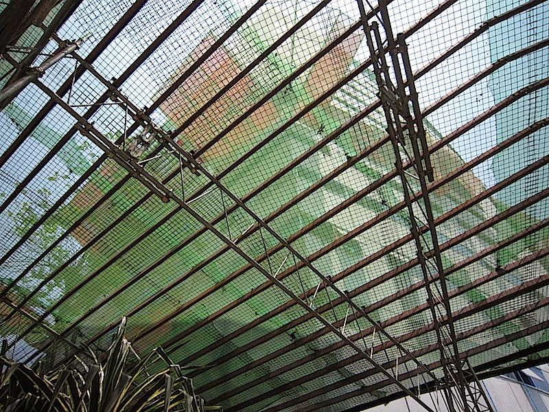 net under a building being constructed