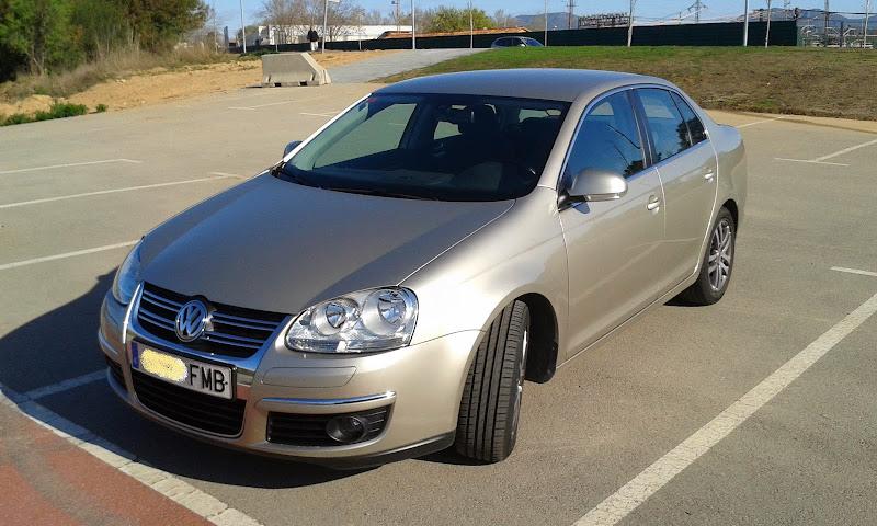 Saludillos desde Martorell (BARCELONA) VW Jetta 1.6 FSI 115cv SportLine 2007 20140325_092142
