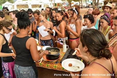 Benicassim,  22/08/2013 - Sunsplash 2013 - African Village / Taller de Cocina - Violeta Palazon © Rototom 2013