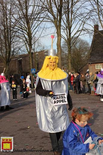 Carnavalsoptocht overloon 10-02-2013 (114).JPG