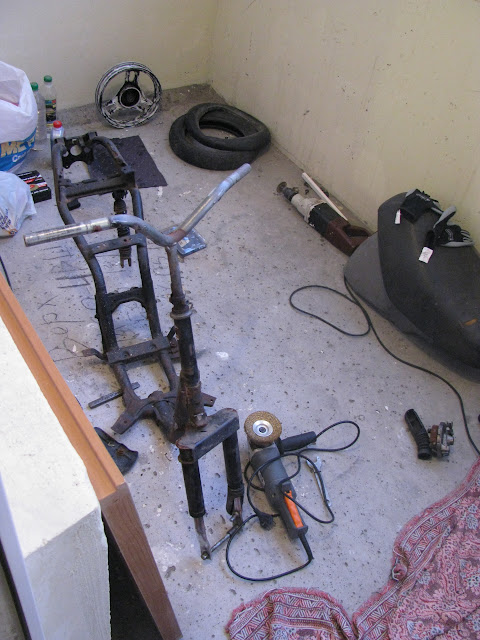 Электроскутер из рамы Yamaha jog