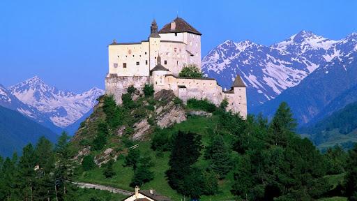 =?ISO-8859-1?Q?Tarasp_Castle=2E_Graub=FCnden=2C_Switzerland=2Ejpg?=