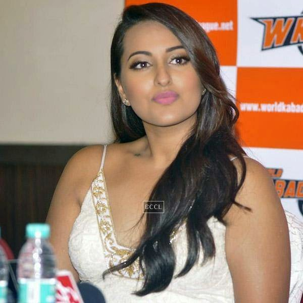 Sonakshi Sinha during a press meet to announce her association with World Kabaddi League (WKL), held at hotel Novotel, on July 16, 2014.(Pic: Viral Bhayani)