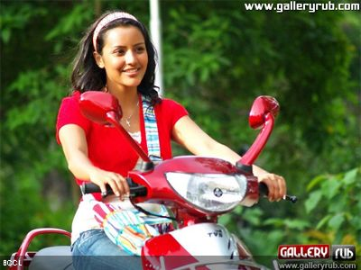 A still of Priya Anand from the film &#039;1234 Andaru Engineerle&#039;.www.galleryrub.com <br /> <br />