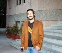 https://lh6.googleusercontent.com/-XpmX7osnK1Y/UoDMClfj0dI/AAAAAAAACG4/viW6A06ZGl8/s200/Rajanvir-Singh-Kapur.jpg