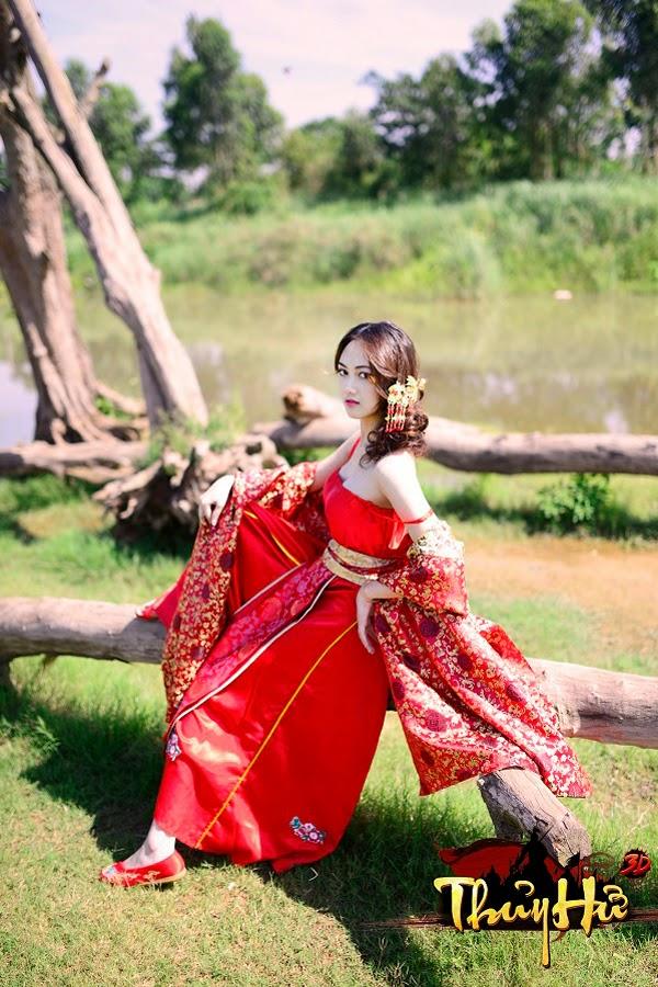 Game thủ Thủy Hử 3D khoe cosplay của bạn gái 3