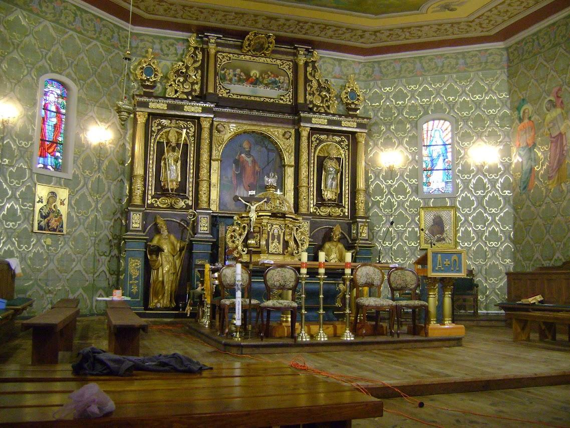 ołtarz, kościół w Dobroniu