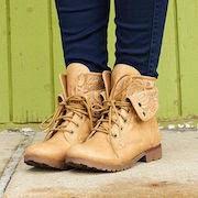 К чему снится мерить обувь?