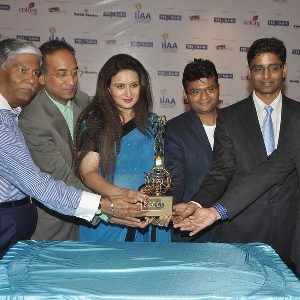 Poonam Dhillon during the International Indian Achievers Awards (IIAA) trophy in Mumbai, on July 21, 2014.(Pic: Viral Bhayani)