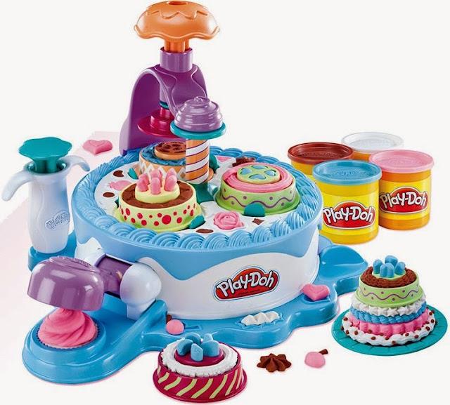 Chơi với Máy làm Bánh kem khổng lồ Play-Doh (Mã 24373) thật sạch sẽ