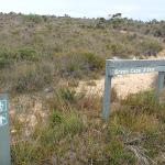Signpost at Pulpit Rock Rd (107269)