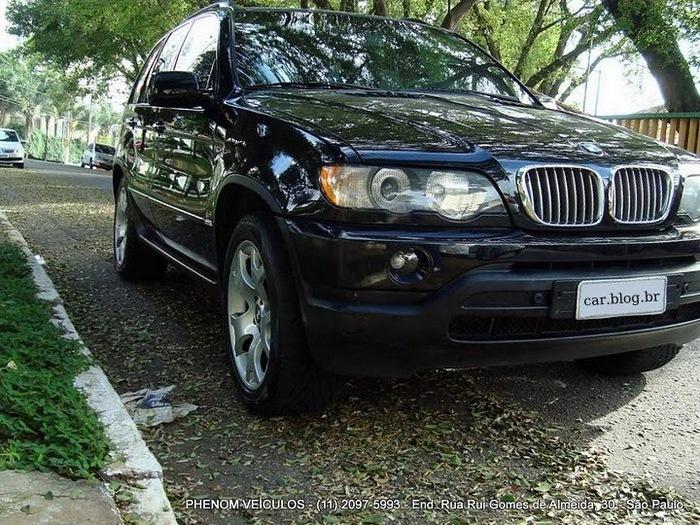 BMW X5 Sport 2002 V-8 4x4 Blidada IIIA usada - lateral